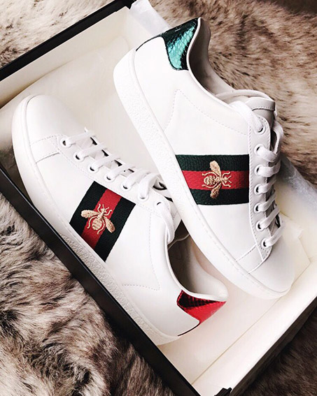 TOP2 GUCCI Ace Bee Sneakers outfit